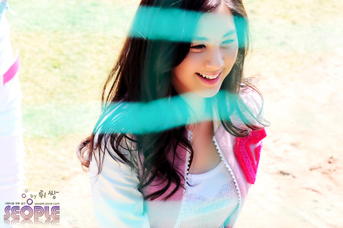 http://sumandu.files.wordpress.com/2010/06/seohyun48.jpg