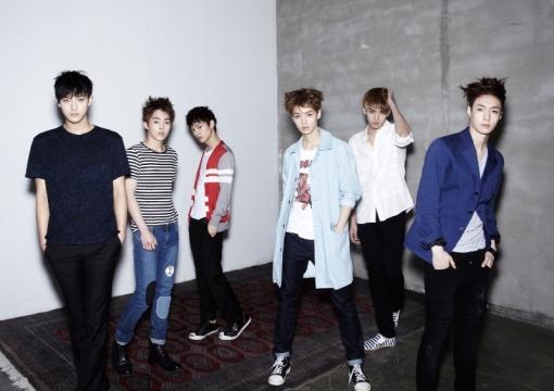 تقرير عن فرقة exo  Exo-m