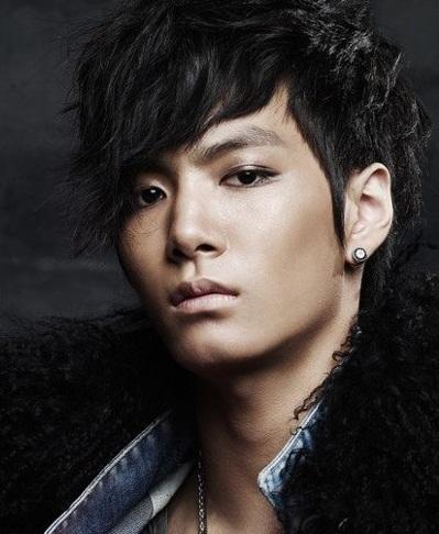 http://sumandu.files.wordpress.com/2012/01/jr-jonghyun.jpg